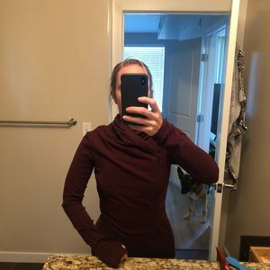 Lululemon burgundy/ maroon zip up jacket